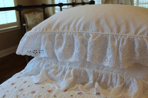 Vintage Eyelet Pillow Shams - White - Cottage Chic - Eyelet Ruffle - Pair