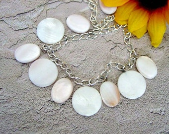 Mother Of Pearl Coin Pendant Necklace 234
