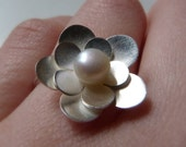 Primrose Ring---made to your size