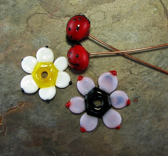 Ladybugs and daisies
