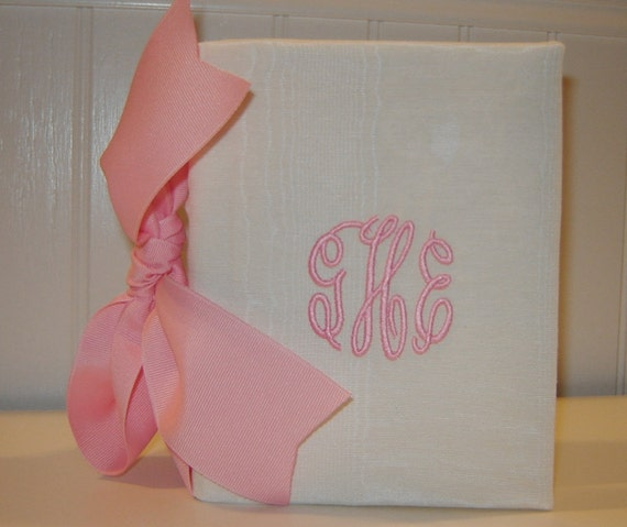 Cream Moire 100 Photo Album with Large Bow
