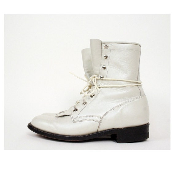 Size 5.5 Vintage White Leather Boots by Justin 35.5