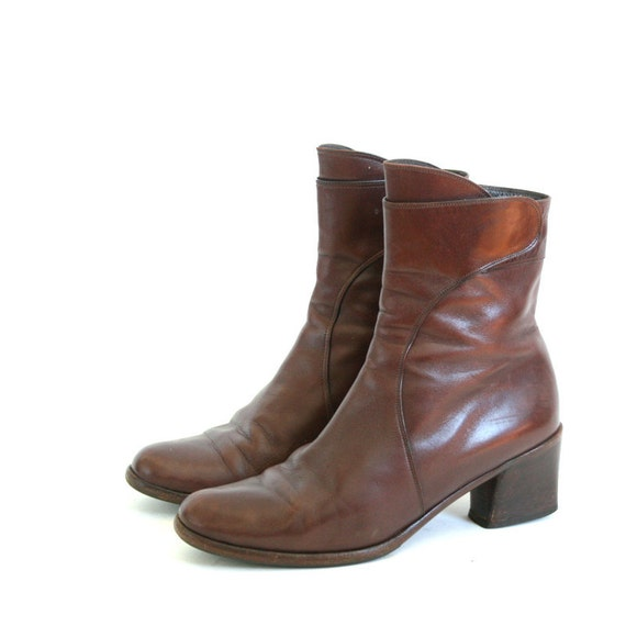 size 6.5 brown Italian leather ankle boots  37