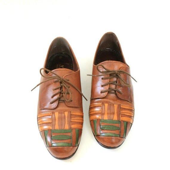 size 8.5 Italian leather oxfords