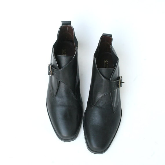 size 8 black leather ankle boots with buckles