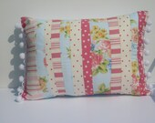 pretty cottage pillow