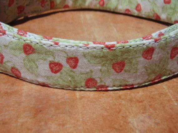 LAST ONES - French Strawberry - Organic Cotton Dog Collar MEDIUM Retro Vintage Japanese - All Antique Brass Hardware