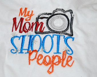 My mom shoots people  Bodysuit bodysuit T-shirt Embroidered Childrens Size