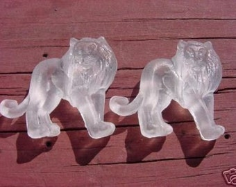 A Pair of Non-Cowardly Lions Vintage Lucite Beads