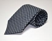 Men's Tie Black and Gray Houndstooth Necktie