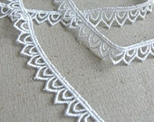 Embroidery Lace - Olive (2 yards)