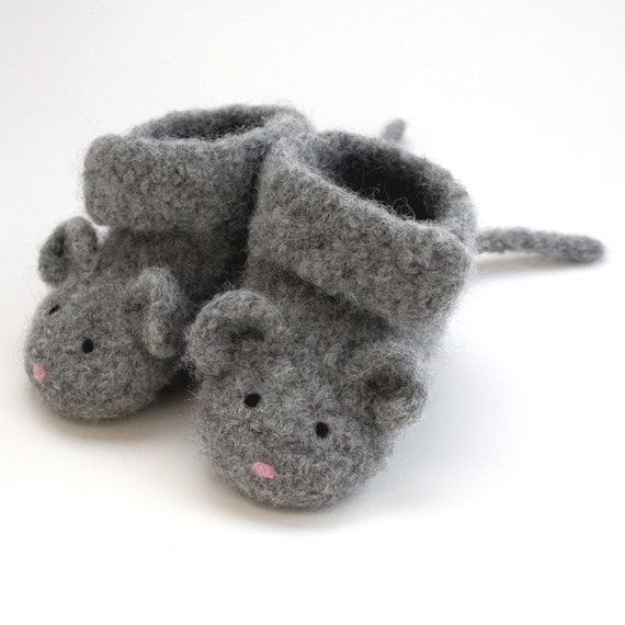 Little Mouse Baby Booties - 0-3 Months