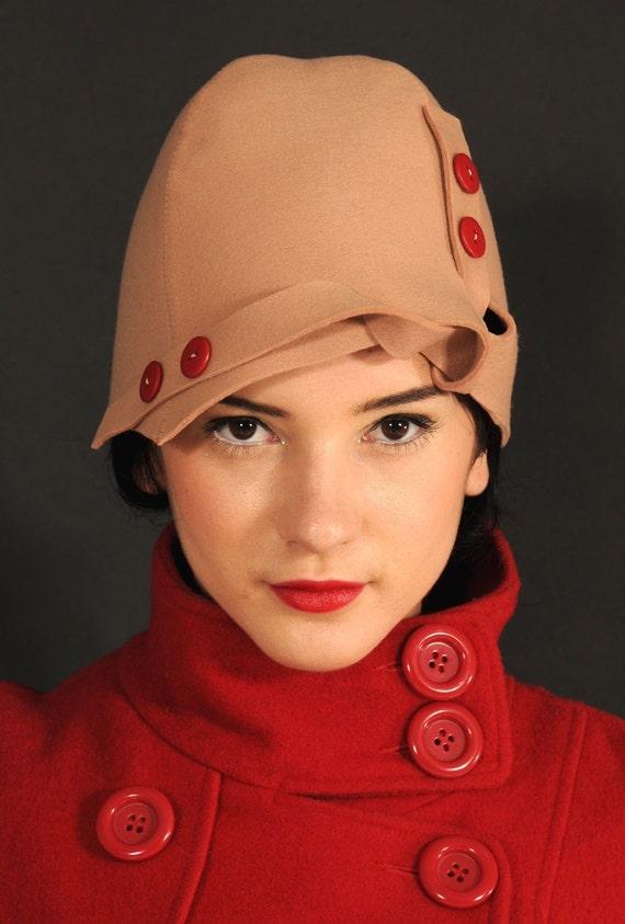 BEIGE KNOT HAT