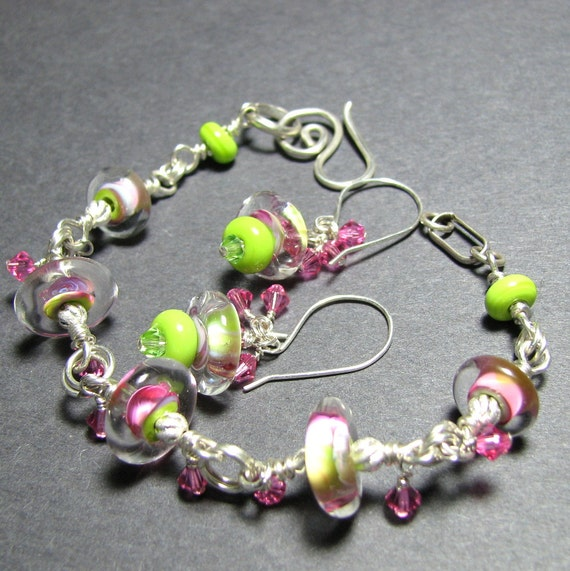 Rose pink spring green Sterling silver lampwork boro bead bracelet earrings set swarovski crystals handmade sprial clasp