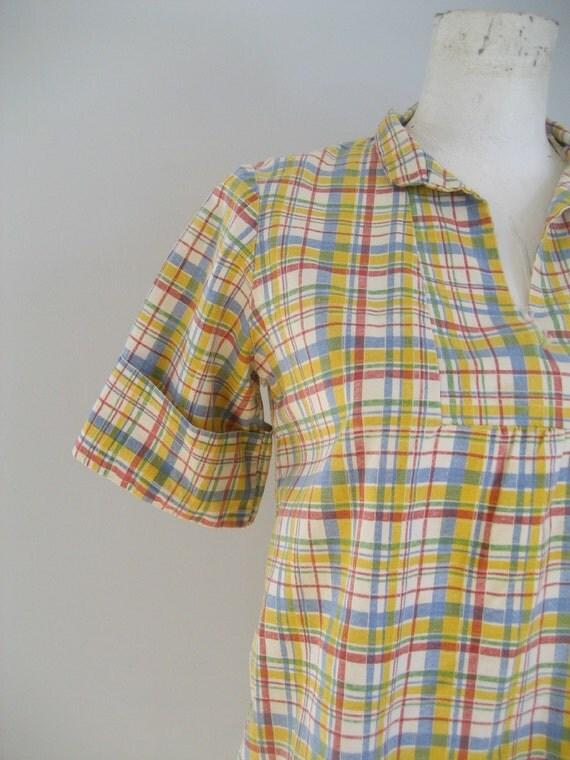 SALE. . .1970s Tartan Plaid woven cotton babydoll blouse -m