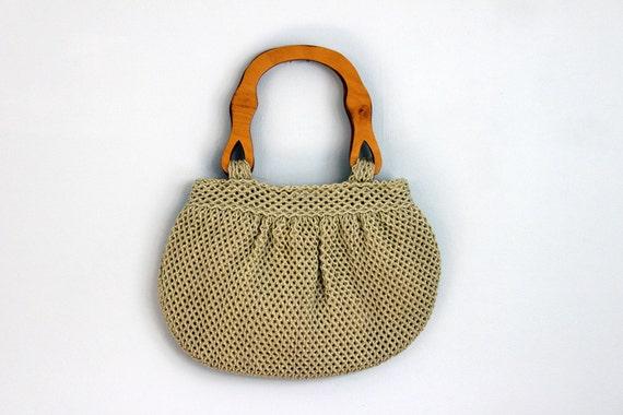 Vintage wooden handle woven yarn hobo bag