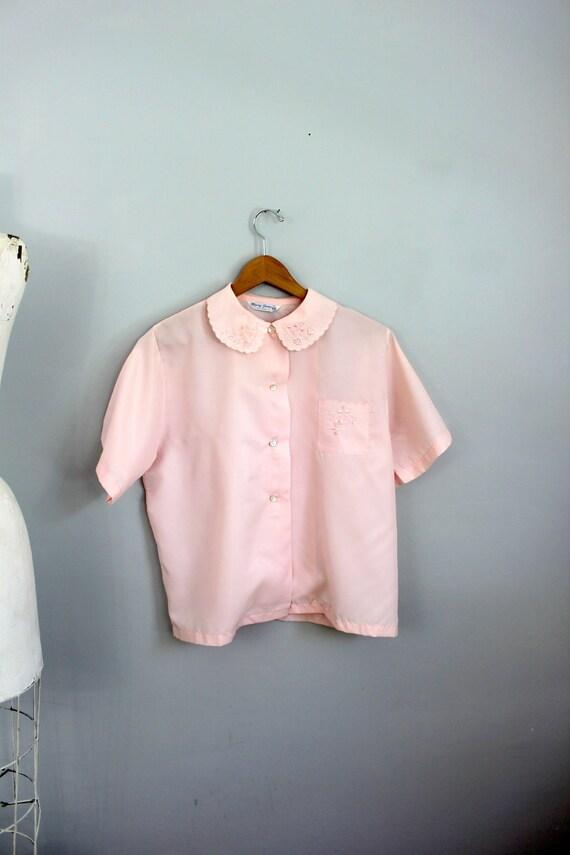 1950s Mary Jane pink embroidered peter pan collar blouse ML