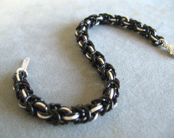 Black and Silver Byzantine Chainmaille Bracelet