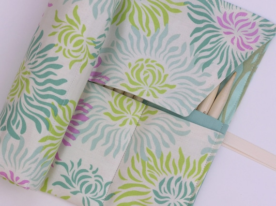 double pointed knitting needle case - crochet hook - organizer - 28 pockets - mod floral in shades of green and pink on ivory