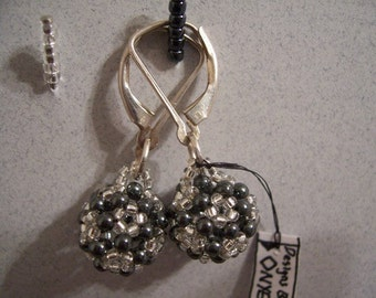 BUCKY Buckyball earrings