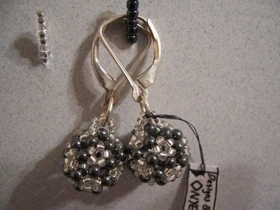 BUCKY Buckyball earrings