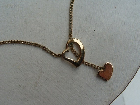 FREE SHIPPING Vintage Goldtone Heart Pendant Necklace