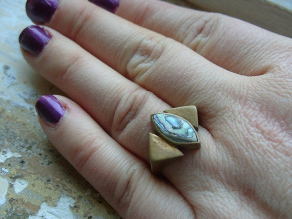 FREE SHIPPING Vintage Brass Ring Industrial Style with Mother of Pearl Accent- Size 7 1/2
