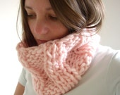 Chunky Knit Cowl in Pale Pink