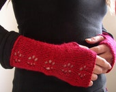 Snowflake Fingerless Gloves in Claret Red READY TO SHIP