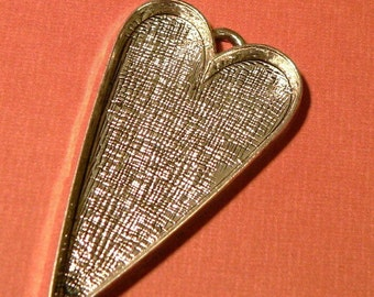 4 Large Antique Silver Heart Pendant Blank Tray - Silver Plated