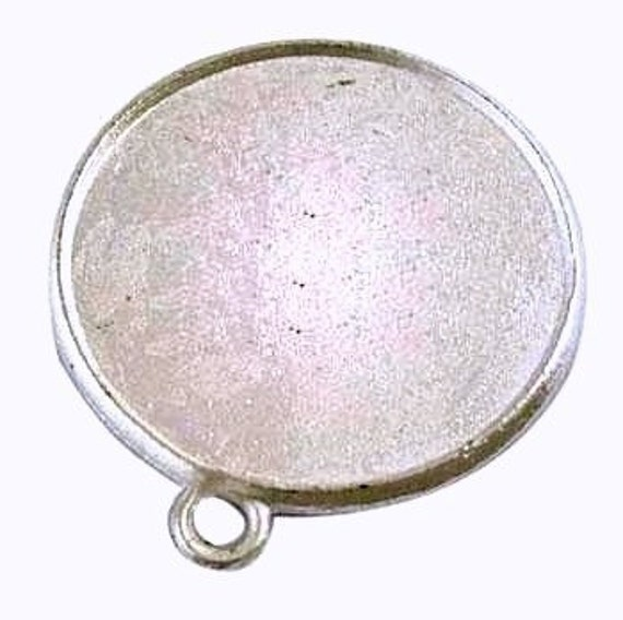 5 Medium Round Pendant Trays  Bezel Blank  Antique Silver Toned Charms Metal -Ships out in 24 hours
