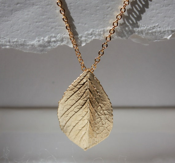 Anthropologie inspired gold plated leaf pendant necklace- SALE
