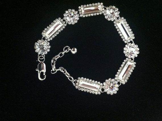 Valdet crystal and silver metal bracelet