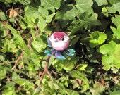 Leatherette Heart - Clover bird bobby pins