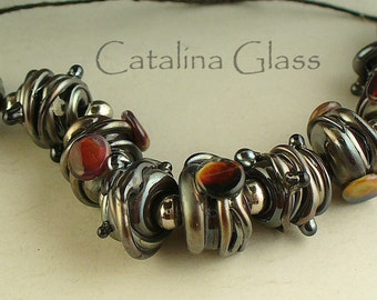 SRA LAmpwork/lampwork beads/beads/steampunk/black/metallica/ jewelry supplies/nuggets/