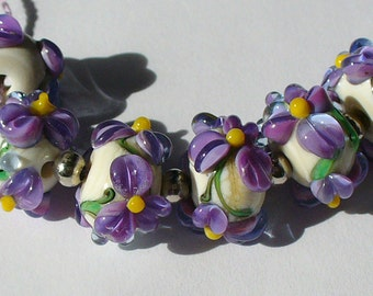 Lampwork Glass Beads handmade by Catalina Glass sra African Violets  purple lavender floral
