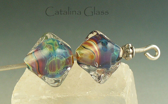 Reactive Crystal Pair by Catalina Glass