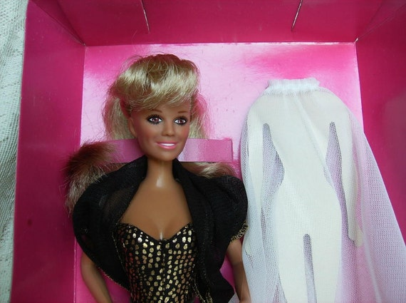 Reserved For Stephen - Vintage Vanna White Celebrity Doll - Fashion Doll - - 11 1/2 in. Vinyl