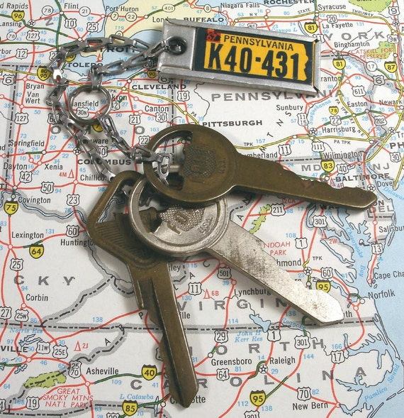 Vintage Ford Auto Car Keys with PA Lisence Plate Tag