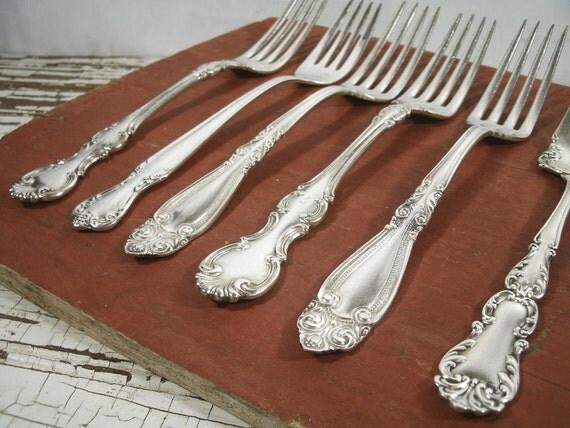 Collection Of 5 Antique Vintage Fancy Silverplate Dinner Forks Plus 1 Ornate Serving Fork
