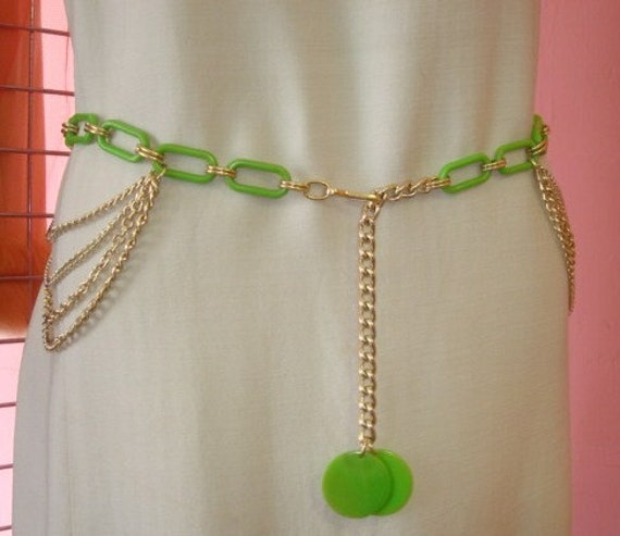 Amazing Vintage Green and Gold Tone Retro Belt