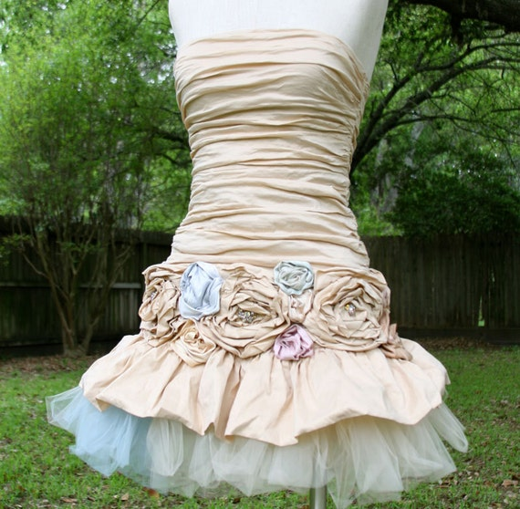 Dream Bohemian Romantic Fitted Strapless Mini Dress Ruched Rosettes Tulle