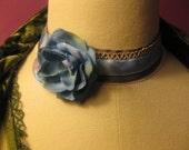ADIEU    Blue Velvet Flower Choker