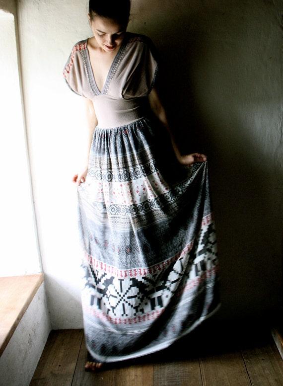 Maxi Dress - grey printed chiffon