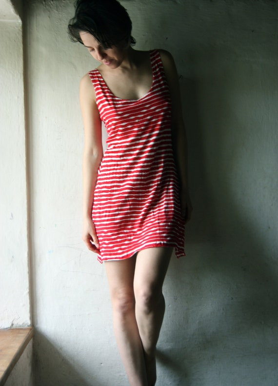Striped Tshirt dress in white and red jersey