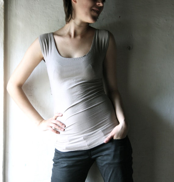 Short Sleeve Tshirt in grey tank top for women