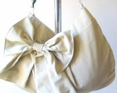 Handmade Hobo or messenger bag in natural canvas - purse With zipper and adjustable strap Color options