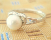 Pearl Heart Vintage Ring