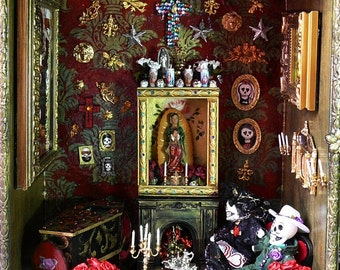 Custom Muertas Dollhouse