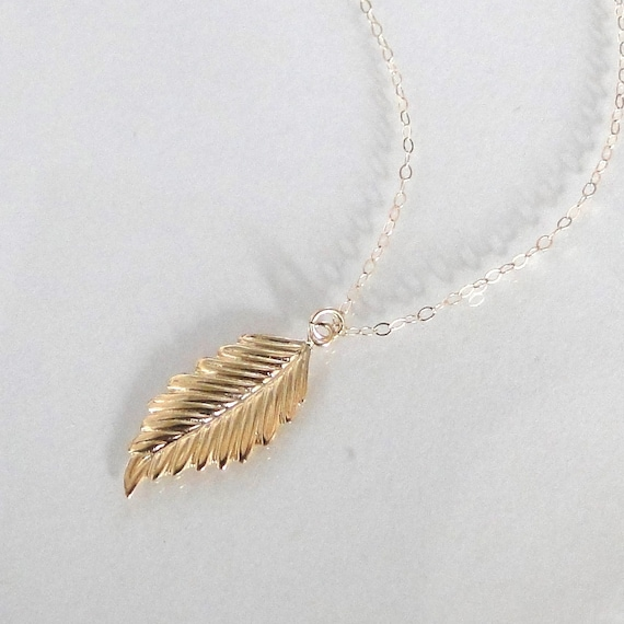 14K GOLD Leaf Necklace - As Seen on Courtney Cox  And Jennifer Aniston